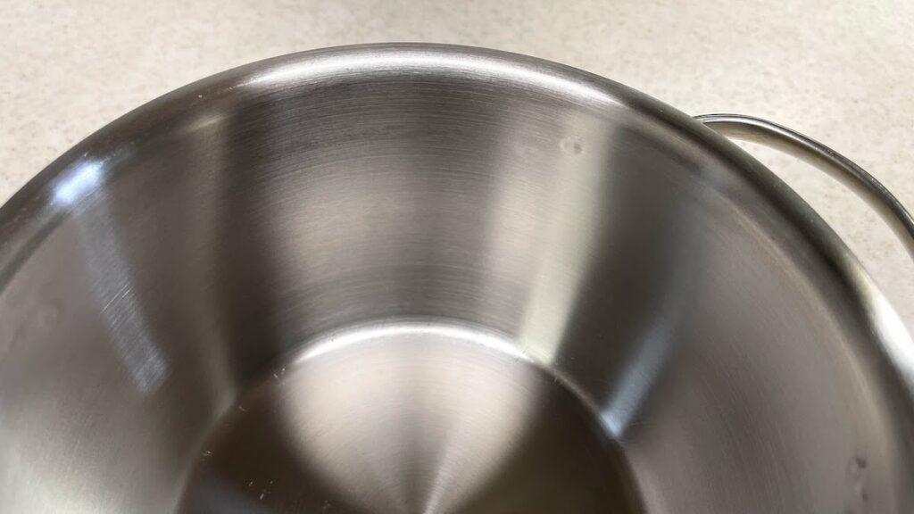 ステンレス鍋にこびりついた汚れafter